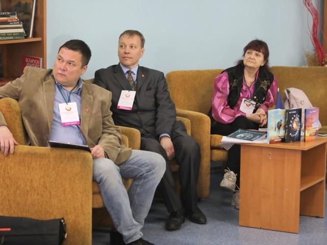 Участники восьмого Международного литературного фестиваля «Славянская лира-2021» встретились со студентами в медиатеке журфака БГУ